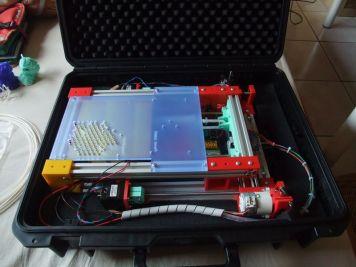 Imagen de la impresora 3D plegable FoldRap 1.0